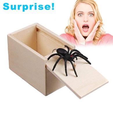 TOYANDONA Wooden Surprise Box Spider Prank Scare Box Tricky Toy Spider Toys White Board, Spider